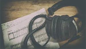Jak wybrać słuchawki do domowego studia nagrań